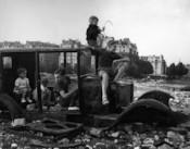 Doisneau Exhibit at the Henri Cartier Bresson Foundation